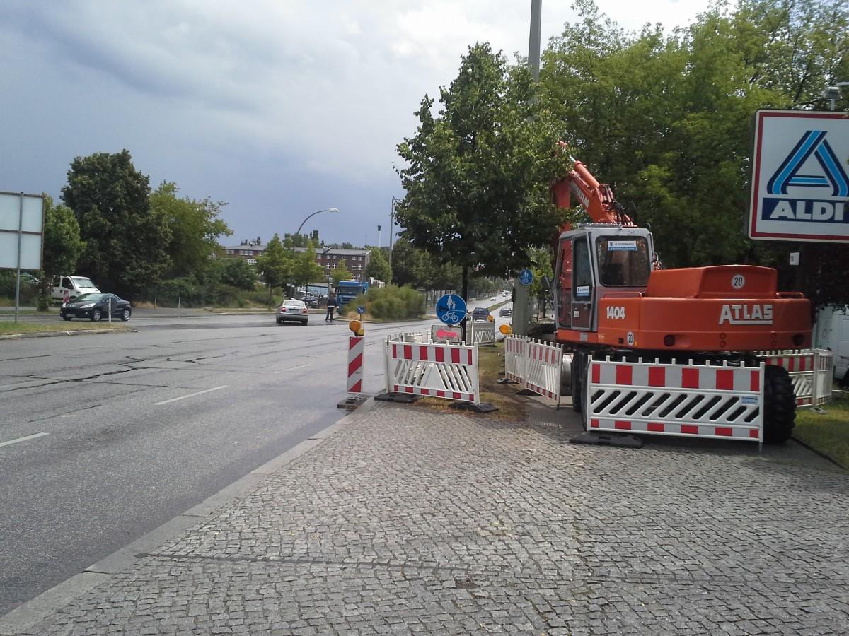 Die Fu 223 G 228 Ngerbr 252 Cke In Berlin Karlshorst 252 Berquert Die